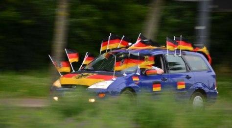 Drapeaux allemands voitures
